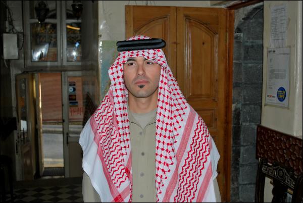 Io con keffieh arabo