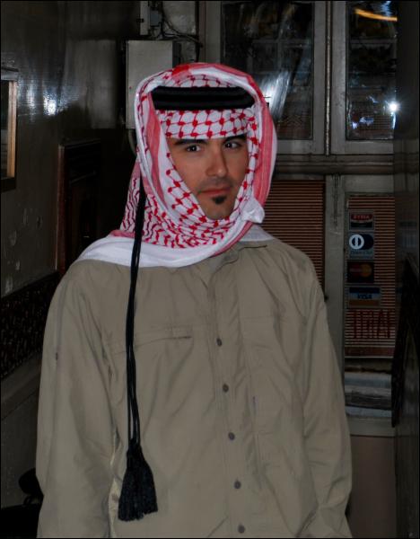 Io con keffieh beduino