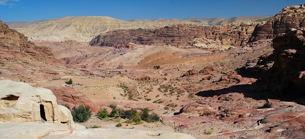 Petra, lontano dai monumenti principali